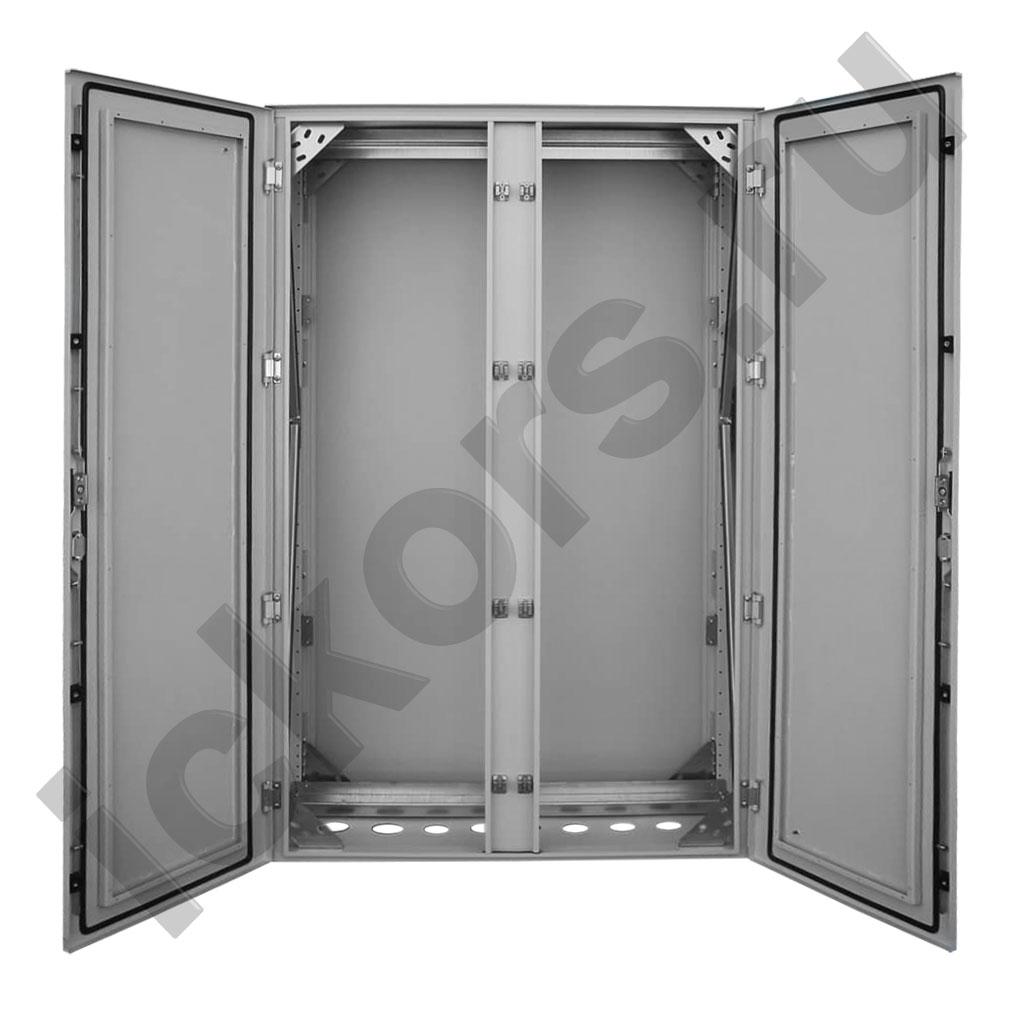Напольный шкаф двухдверный - степень защиты IP65